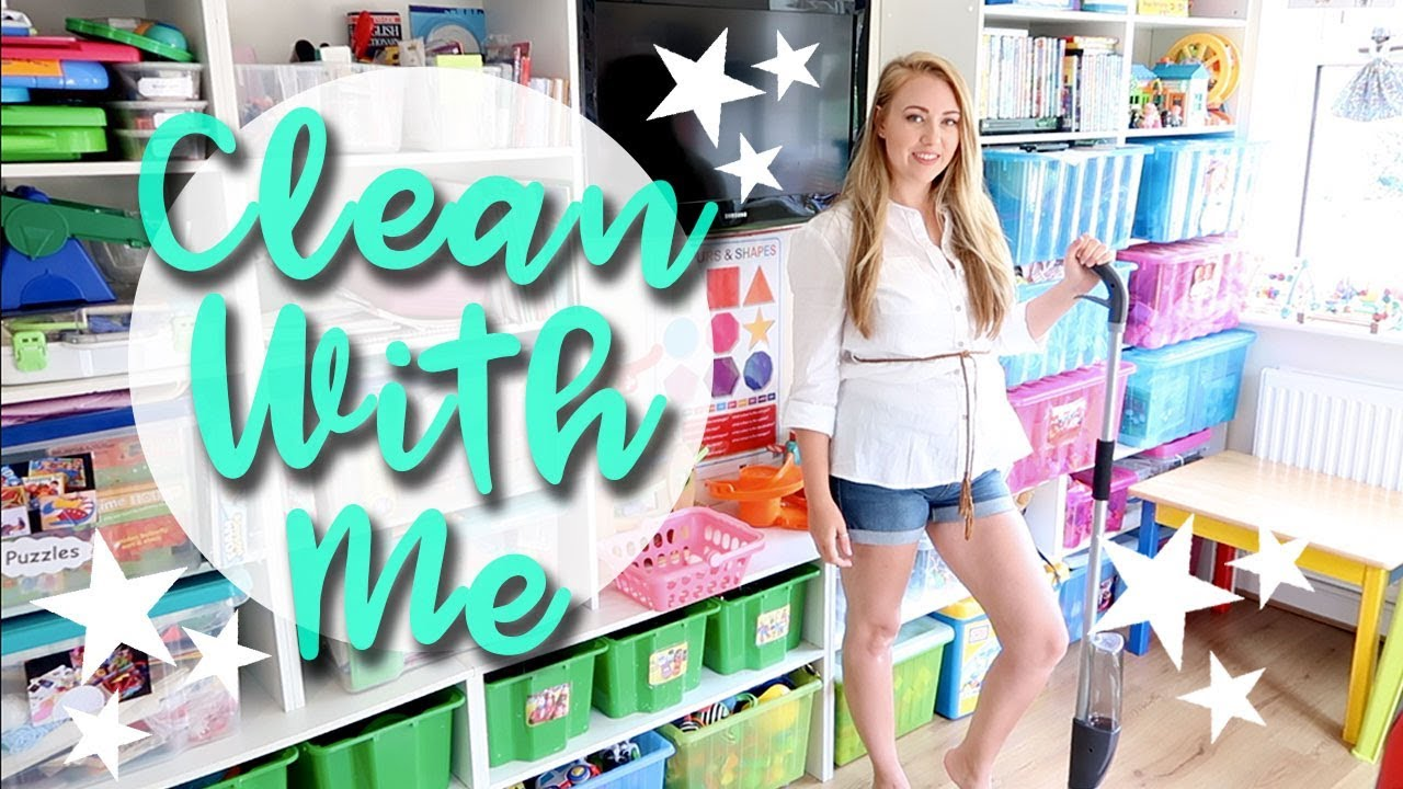 DOWNSTAIRS SPEED CLEANING ROUTINE AND REORGANISING - CLEAN WITH ME - A CHILDMINDING MUMMY