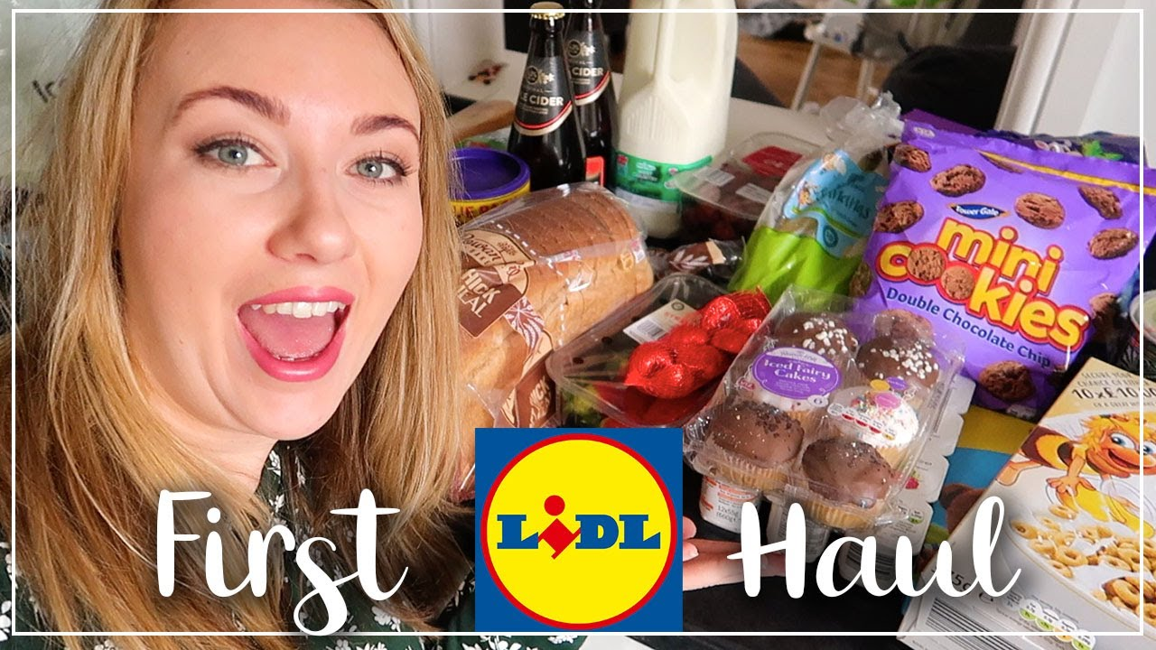 FIRST LIDL HAUL - SWEETS AND TREATS FOR HALF TERM KIDS - LOTTE ROACH