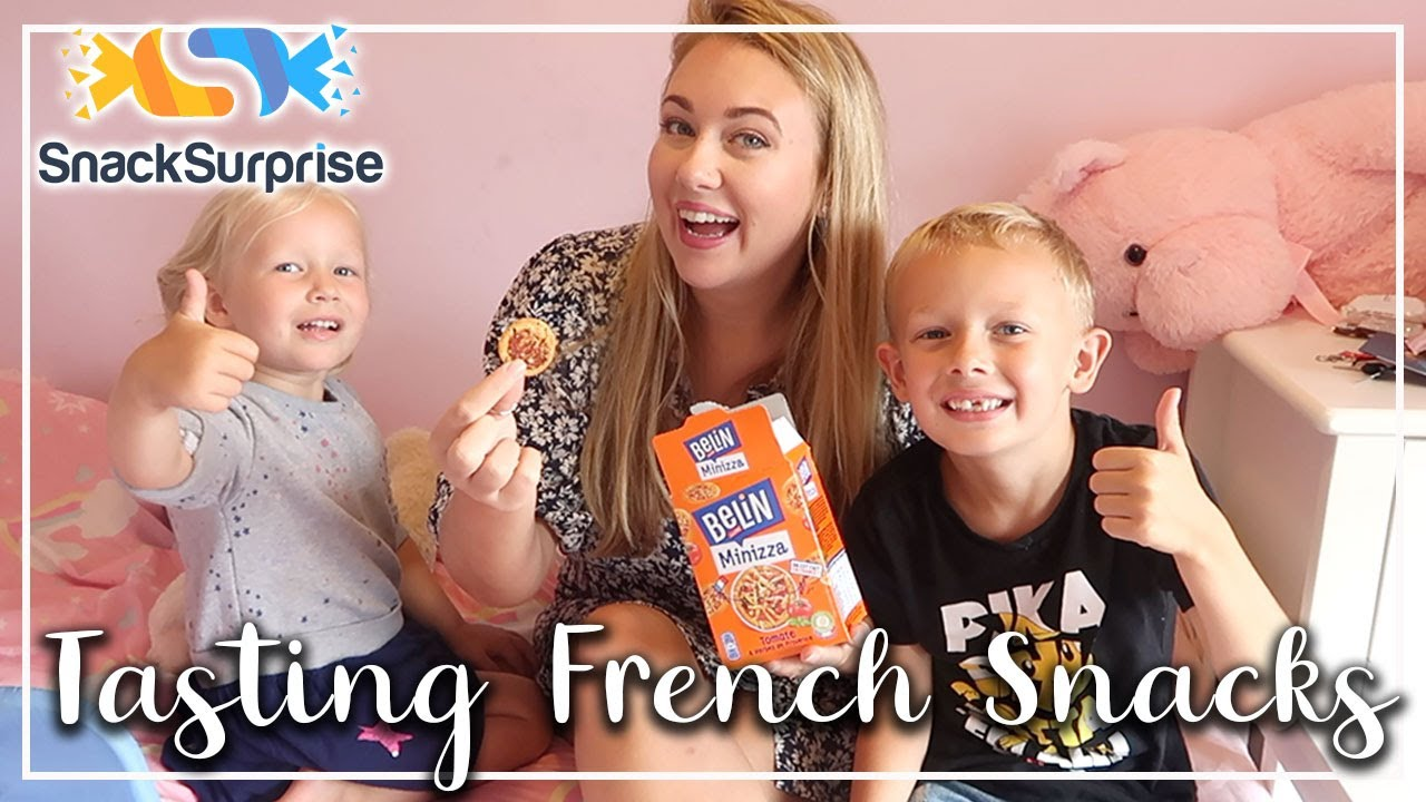 TASTING FRENCH SNACKS - SUPER YUMMY CAKES AND PANCAKES - SNACK SURPRISE - LOTTE ROACH