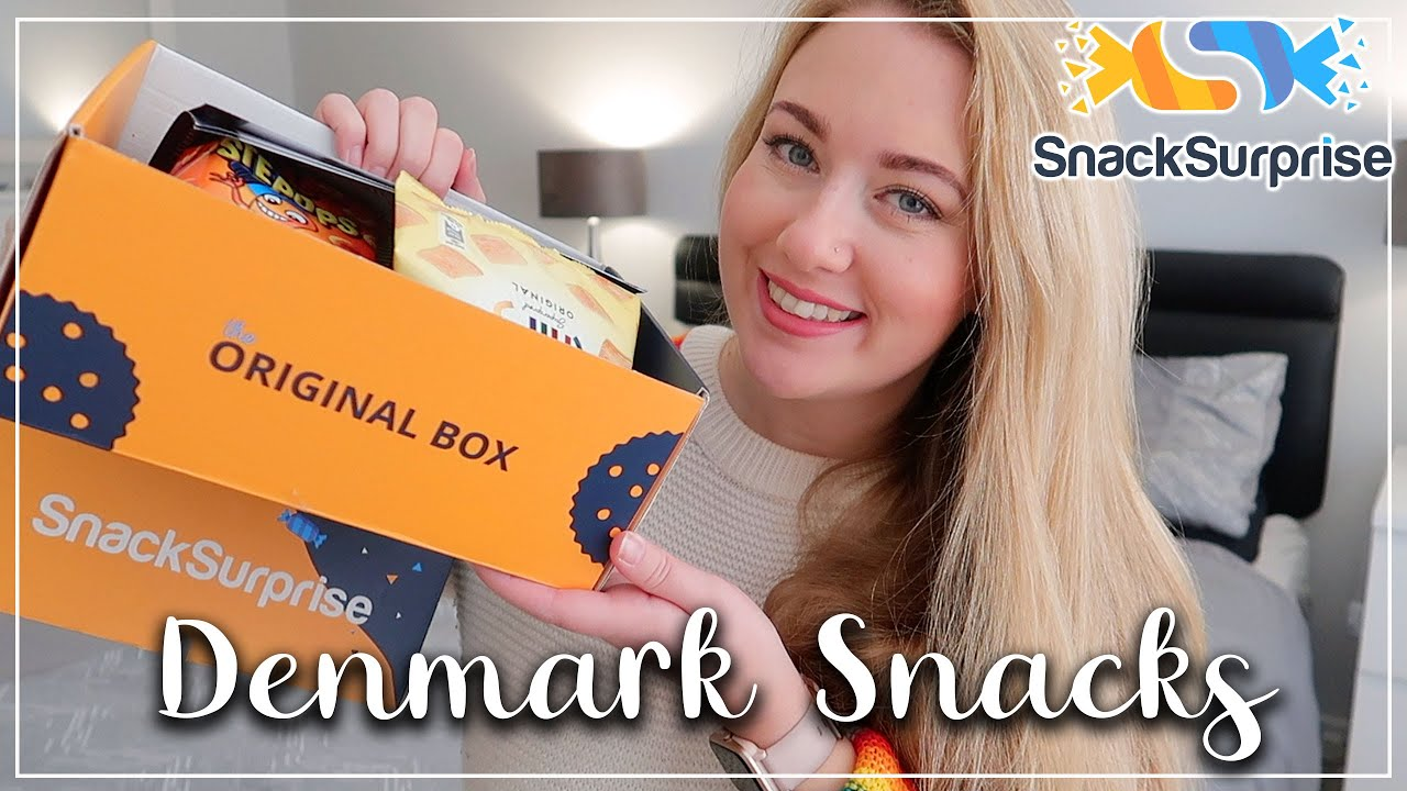 TRYING SNACKS FROM DENMARK - SNACK SURPRISE SUBSCRIPTION BOX DISCOUNT CODE - LOTTE ROACH