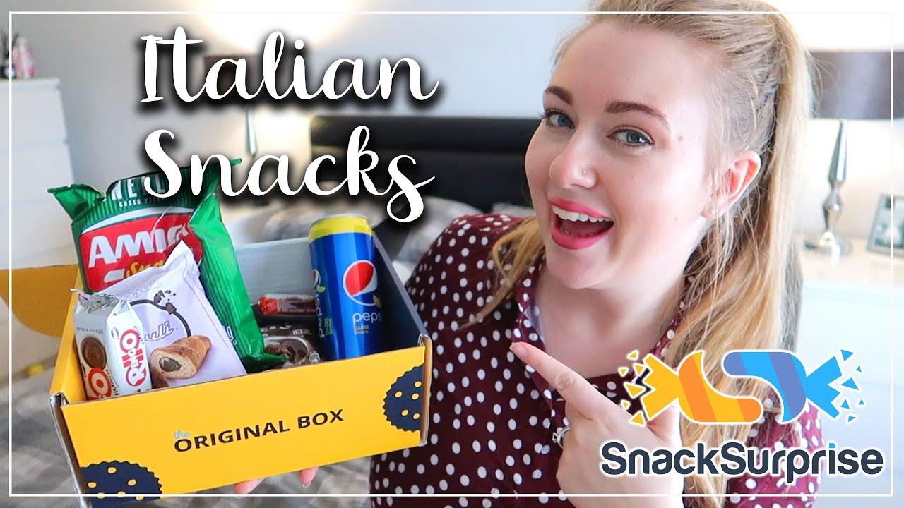 BRITISH TRYING ITALIAN SNACKS SURPRISE REVIEW - LOTTE ROACH